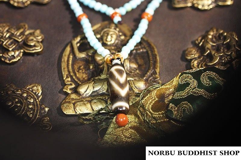 Dzi bead hạt đá quý kỳ lạ để làm trang sức phong thủy