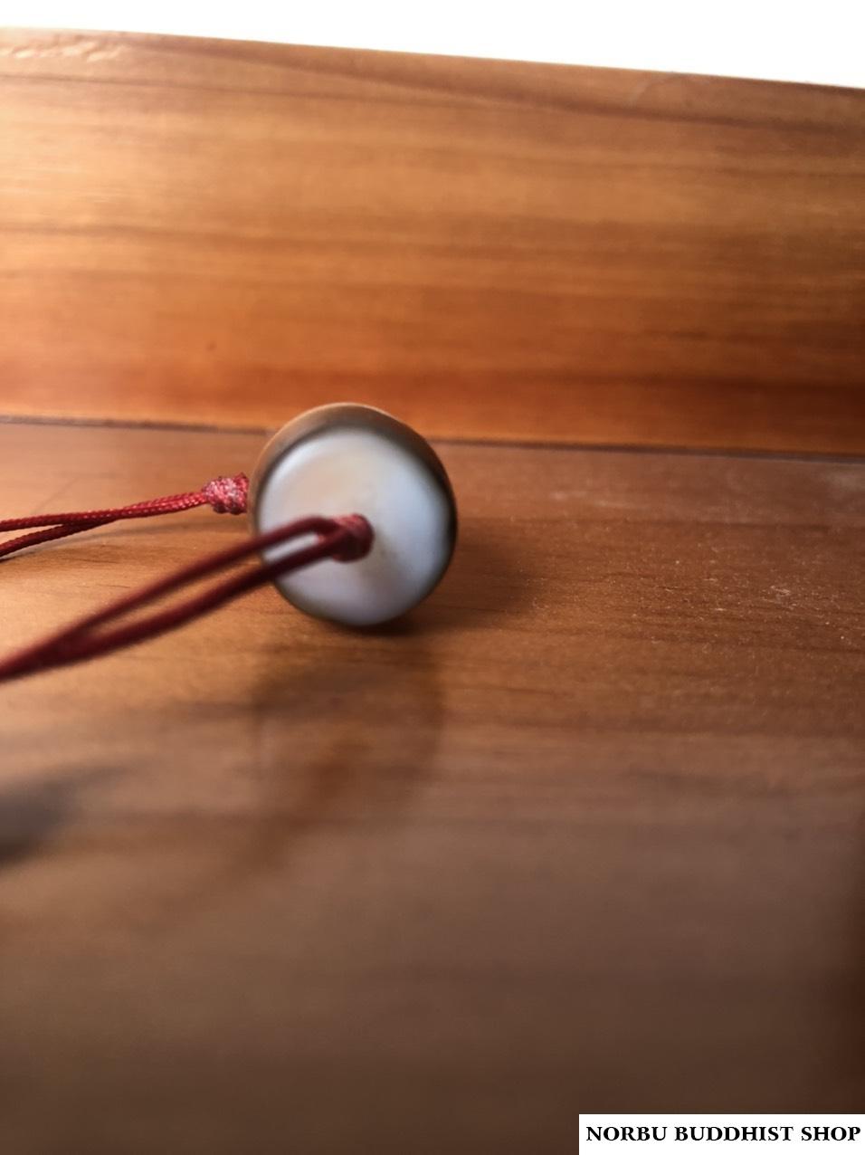 Những tiêu chí chính để đánh giá một viên dzi bead chất lượng 4