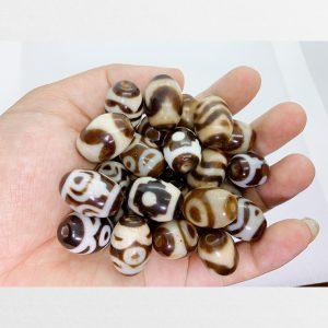 Đá dzi bead tròn nhỏ hàng C với nhiều mẫu vân đa dạng chất mã não non