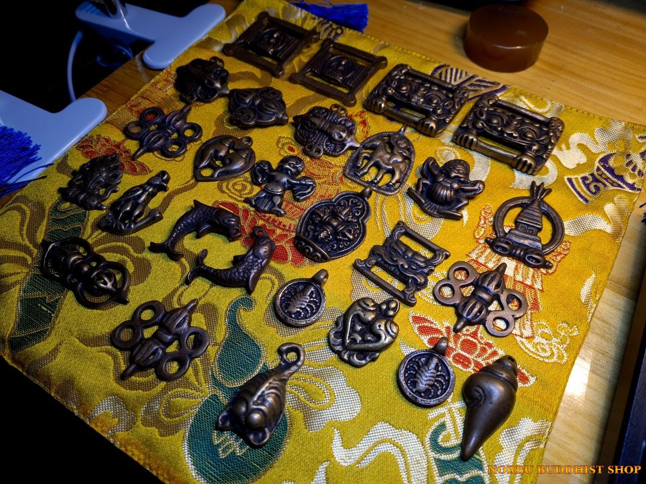 Old thokcha Tibet - thongcha bùa hộ mệnh người Tạng bằng Đồng cổ đẹp và lâu đời 2