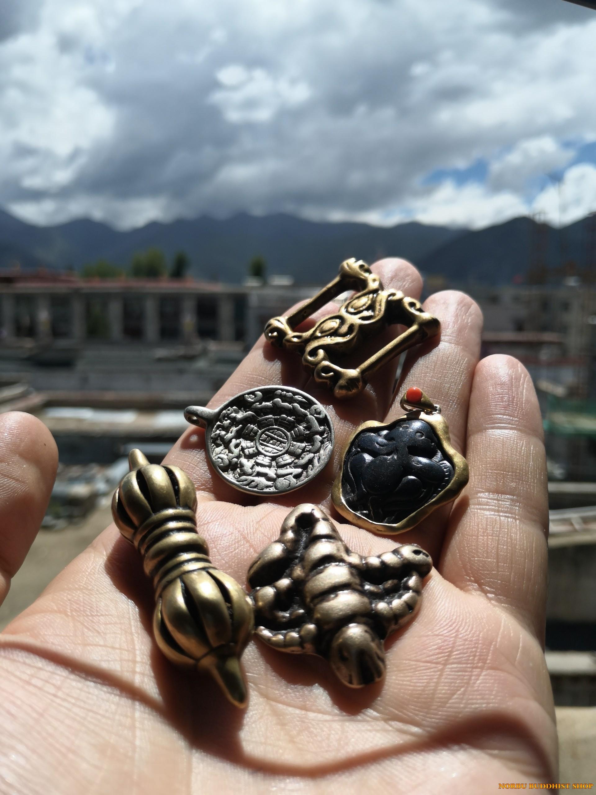Thokcha bùa hộ mệnh xứ Tây Tạng Bí mật Thogcha Amulets mà bạn cần biết 13