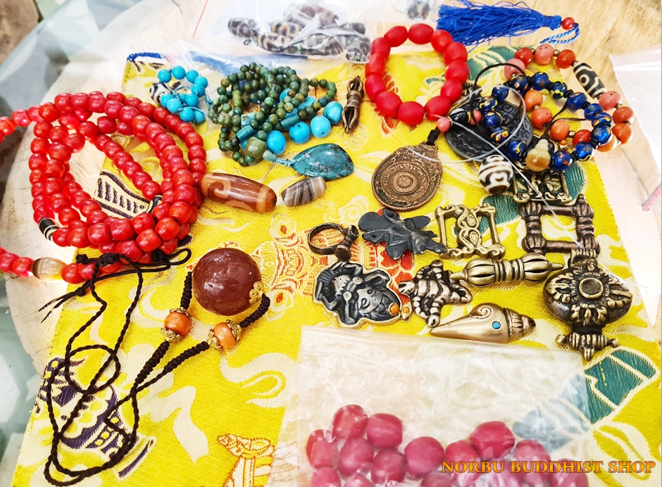 Thokcha bùa hộ mệnh xứ Tây Tạng Bí mật Thogcha Amulets mà bạn cần biết