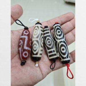 4 viên dzi bead gồm 1 viên 9 mắt thân đỏ và 3 viên 6 mắt rồng cỡ ngắn hiếm gặp