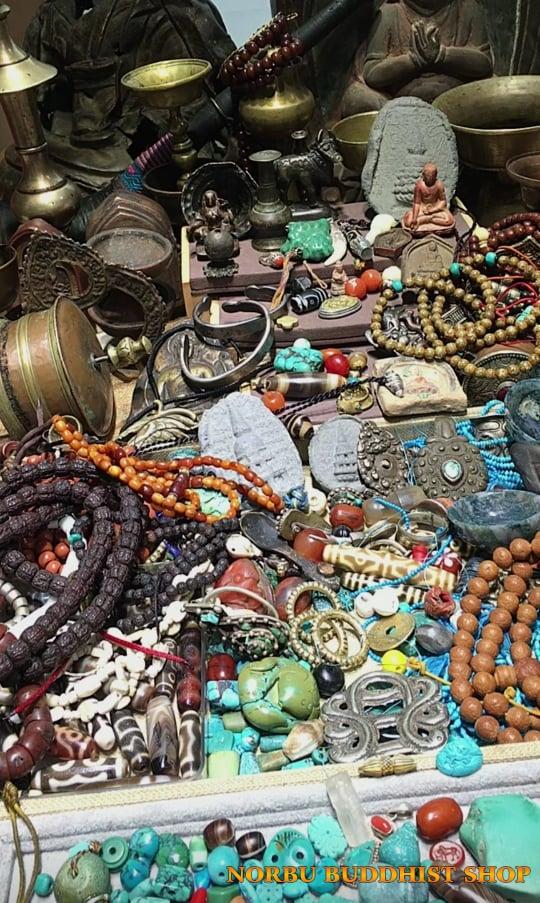 Những câu chuyện về đá Dzi bead - Thiên châu của người Tây Tạng 4