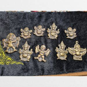Thokcha mặt Kim Sí Điểu Garuda trong Phật Giáo Kim Cương Thừa