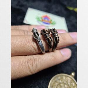Nhẫn đồng mặt chày kim cương thủ công từ Tibet