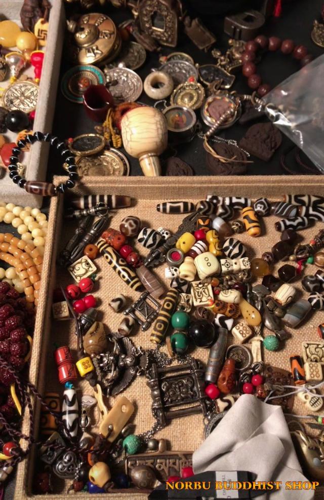 Dzi có nghĩa là gì? Phân loại đá dzi bead theo khoa học, lợi ích khi đeo thiên châu mang lại 1
