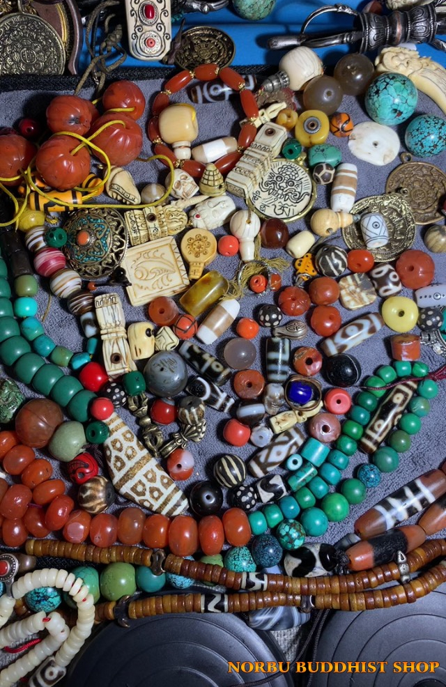 Dzi có nghĩa là gì? Phân loại đá dzi bead theo khoa học, lợi ích khi đeo thiên châu mang lại 6