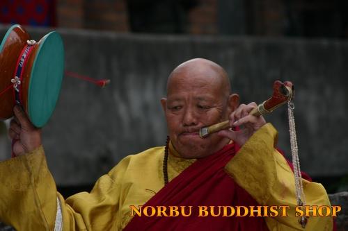 Pháp khí Mật tông Tây Tạng giúp thực hành và hoằng dương Phật pháp 1