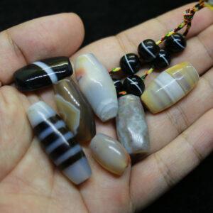 Chong dzi bead và 6 viên dzi thiên nhiên từ Tibet chất đẹp