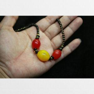 Vòng cổ old liuli 2 viên đỏ và 1 viên vàng từ Tibet