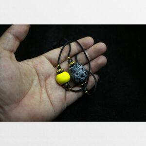 Hạt old liuli chất độc đẹp màu vàng đỏ và vân lạ