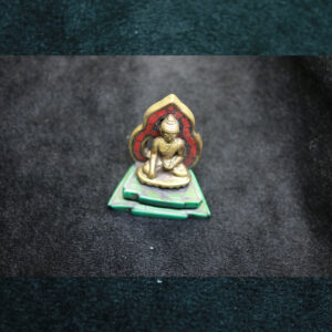 Tượng Phật Thích Ca Mâu Ni có đủ ngai cỡ nhỏ đính đá màu
