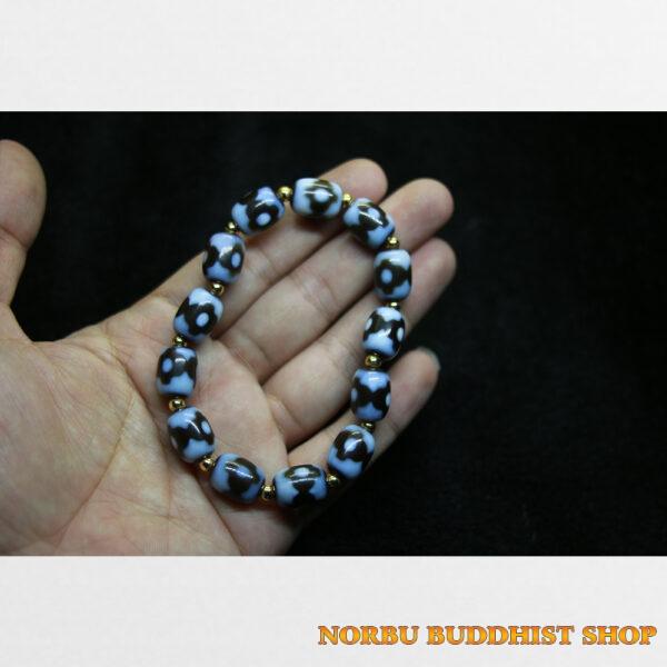 Vòng tay dzi bead 3 chấm chữ thập sưu tầm