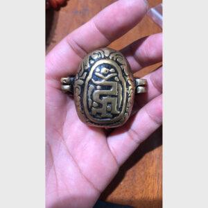 Hộp gau đồng cổ Tibet cỡ nhỏ