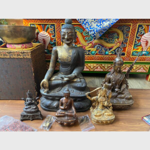 Khách đã thỉnh: BST tượng cổ từ Tibet