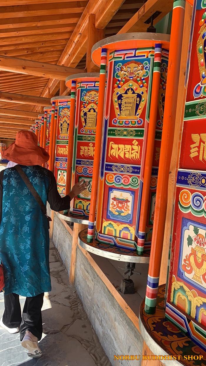 Kinh Luân Tây Tạng là gì và ý nghĩa tịnh hóa nghiệp chướng của pháp khí 4