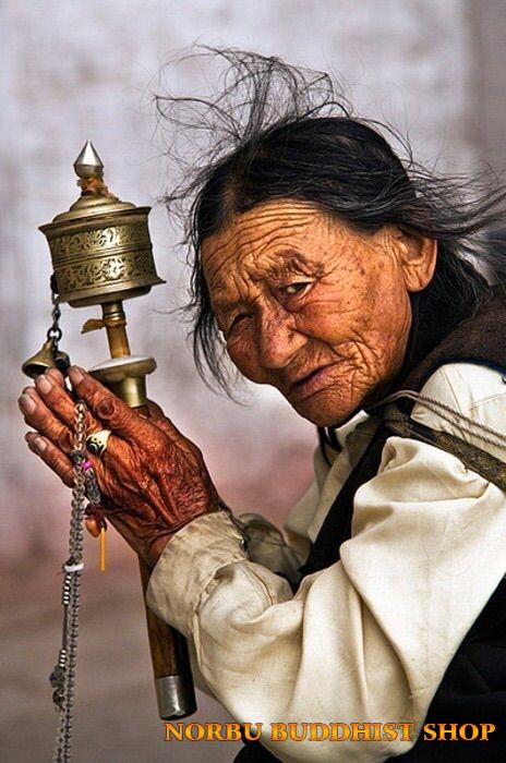 Ý nghĩa của Kinh Luân đối với các tín đồ Phật Giáo Tây Tạng 4