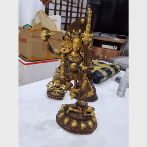 Khách đã thỉnh: tượng cổ ngài Dakini