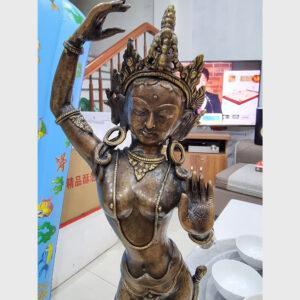 Khách đã thỉnh: tượng Hoàng hậu Ma-da cỡ lớn