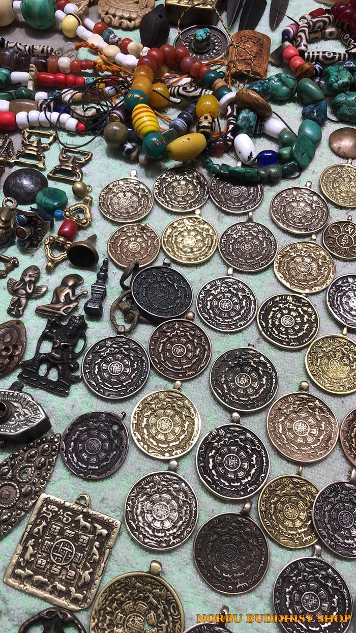 Tại sao đồ đồng cổ Tây Tạng lại đắt giá như vậy 13