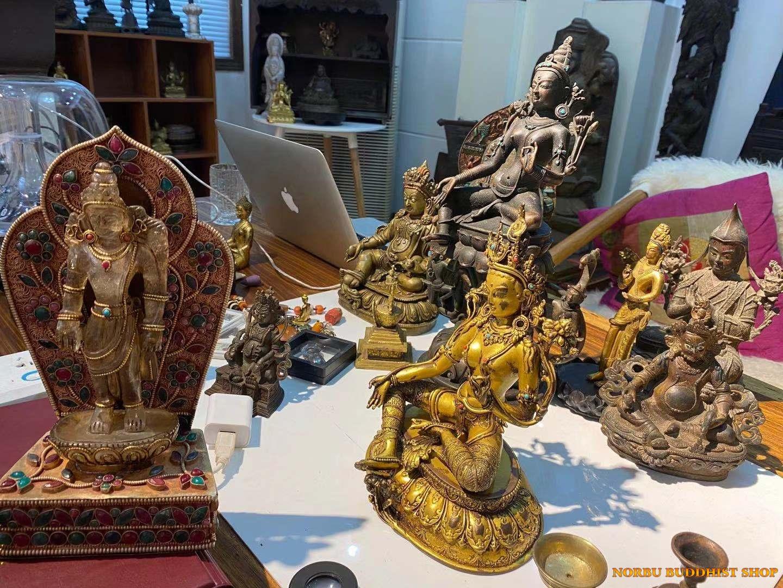 Tại sao đồ đồng cổ Tây Tạng lại đắt giá như vậy 6